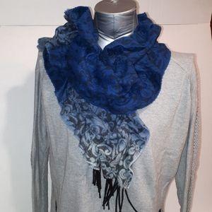Blue cashmink ruffle scarf